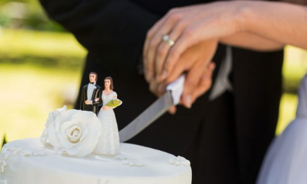 Cake Cutting Ritual: Explained