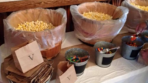 How to Make a Popcorn Bar For Your Reception
